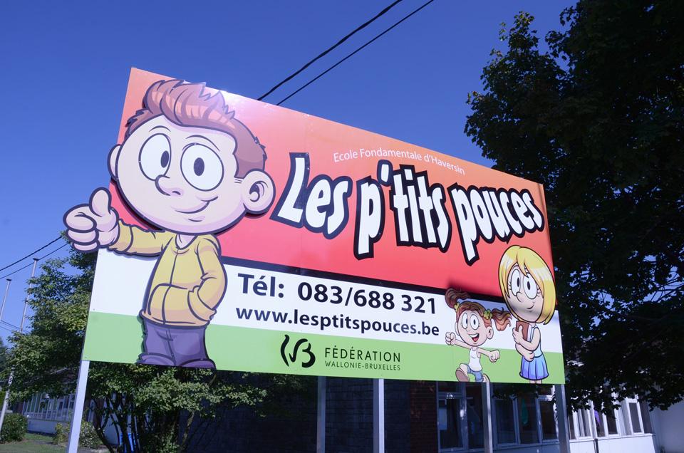 Panneau publicitaire